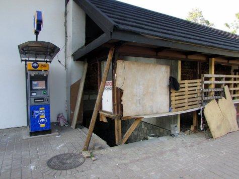 Dawny_budynek_dworca_PKS_w_Zakopanem_4