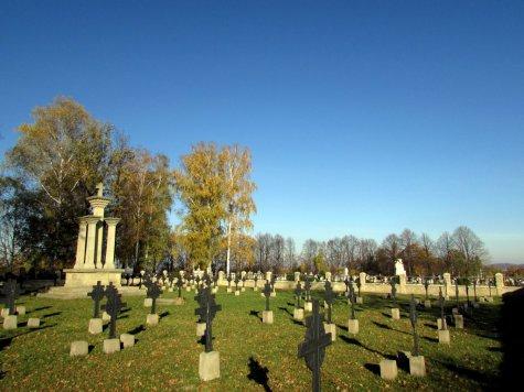 Nowy_Zmigrod_cmentarz_wojenny_nr_8