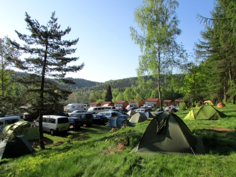 Ostrov_camping_ostrovske_steny