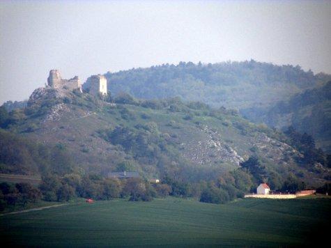Sirot_hrad__Palava1